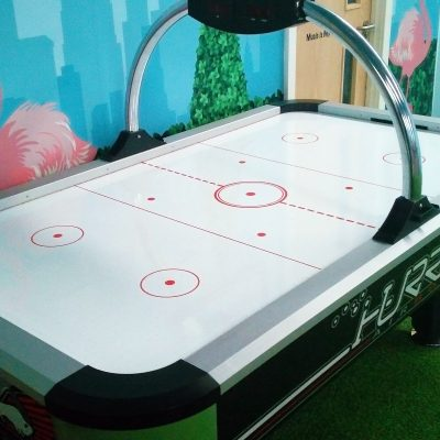Air Hockey (retouch)